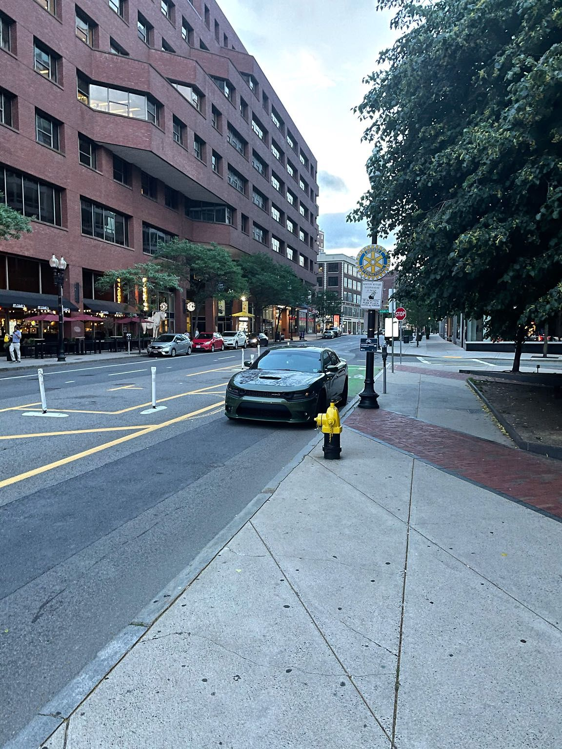 Asshole from NJ doesn't know how to read a parking sign. Tow them out of the city. Blocking bike lane.